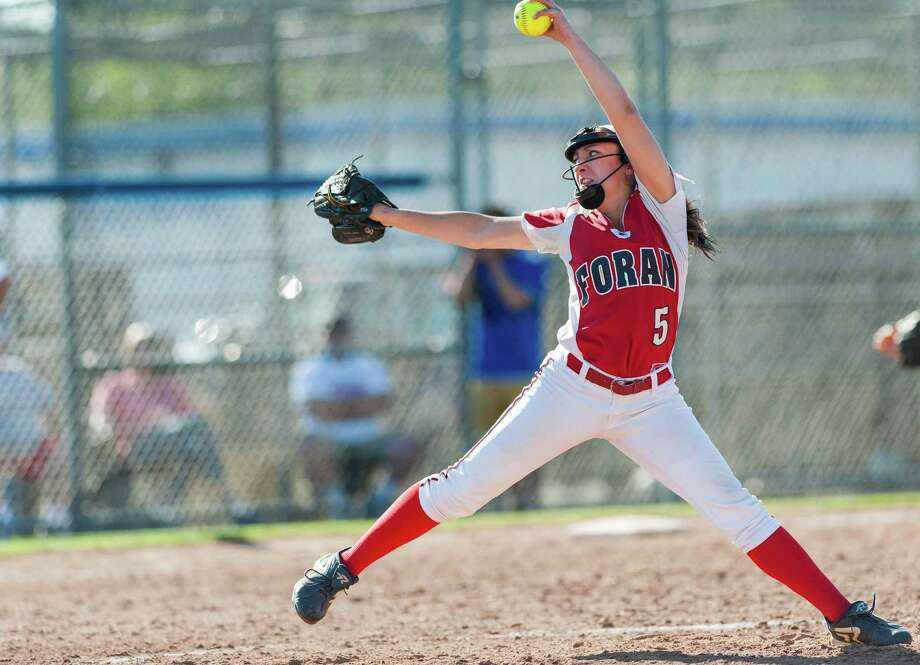 Foran high school's Jessica Harkness pitching against Maloney high school in a CIAC class L semifinal softball game played at West Haven high school, West Haven, CT on Tuesday June 4th, 2013. Photo: Mark Conrad / Connecticut Post Freelance