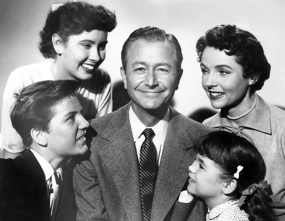 Show: Father Knows BestDad: Jim Anderson (Robert Young) Photo: Screen Gems, Getty Images / Archive Photos
