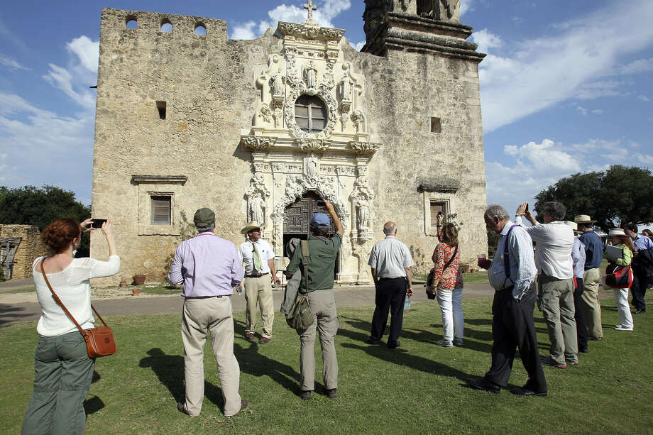 Symposium participants visit  San José Mission. To get UNESCO 