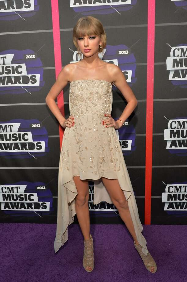 NASHVILLE, TN - JUNE 05:  Taylor Swift attends the 2013 CMT Music awards at the Bridgestone Arena on June 5, 2013 in Nashville, Tennessee.  (Photo by Rick Diamond/Getty Images)
