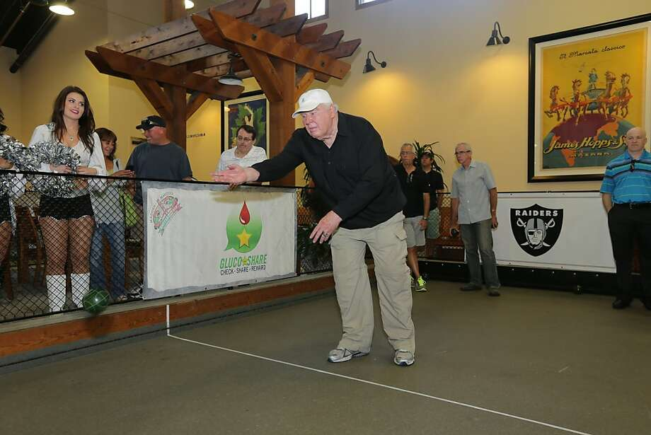 John Madden may have competed with a bocce ball, but his winning pitches were the stories he told. Photo: Terrell Lloyd, San Francisco 49ers