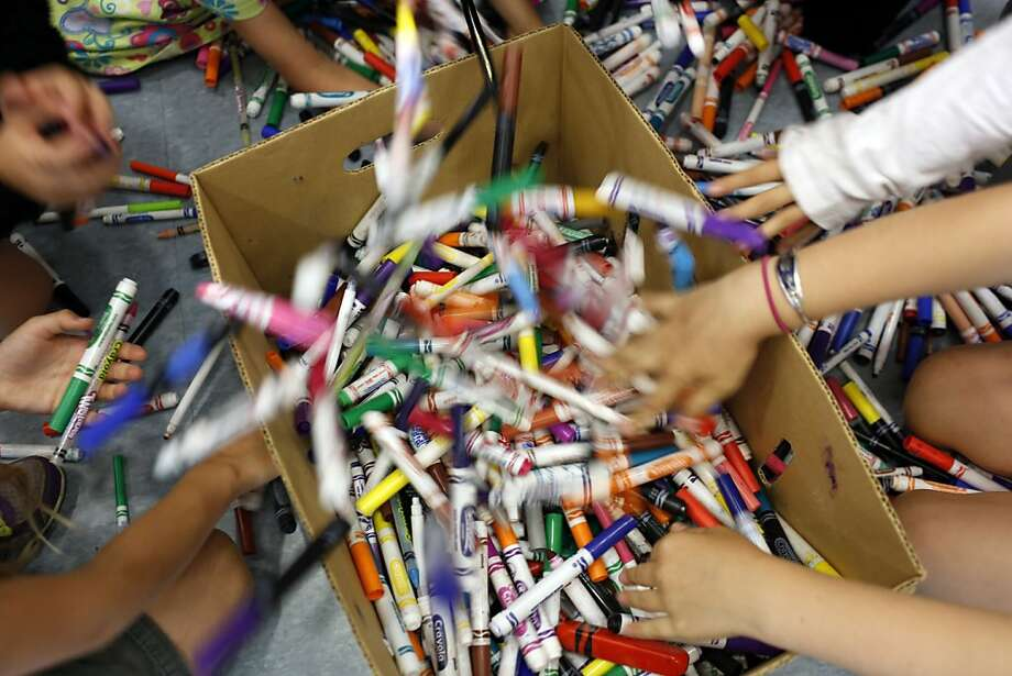 Sun Valley Elementary School students collected 33 pounds of used markers while petitioning Crayola to start a recycling program. Photo: Ian C. Bates, The Chronicle