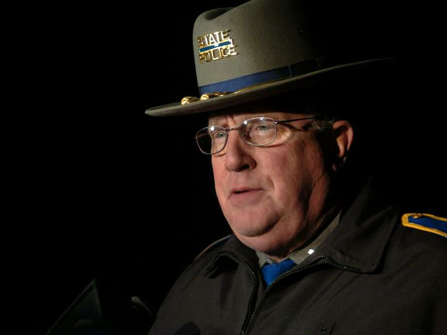 State Police spokesman Paul Vance holds a press conference on the plane crash just outside the Oxford Airport in Oxford, Conn. on Wednesday Jan. 13, 2010. Photo: Christian Abraham / Connecticut Post