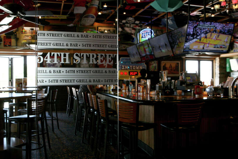 54th Street Grill Tied For Readers Choice New Restaurant