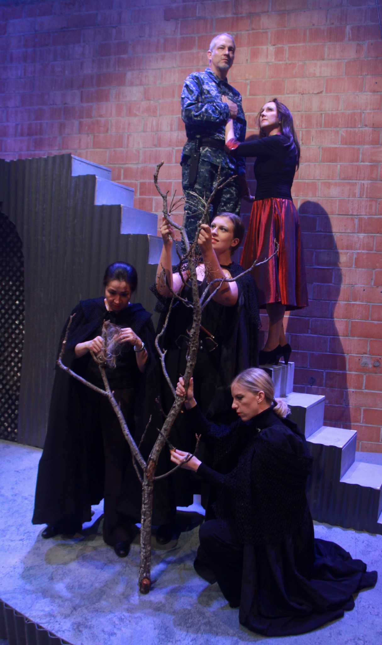stark naked theatre does macbeth justice houston chronicle