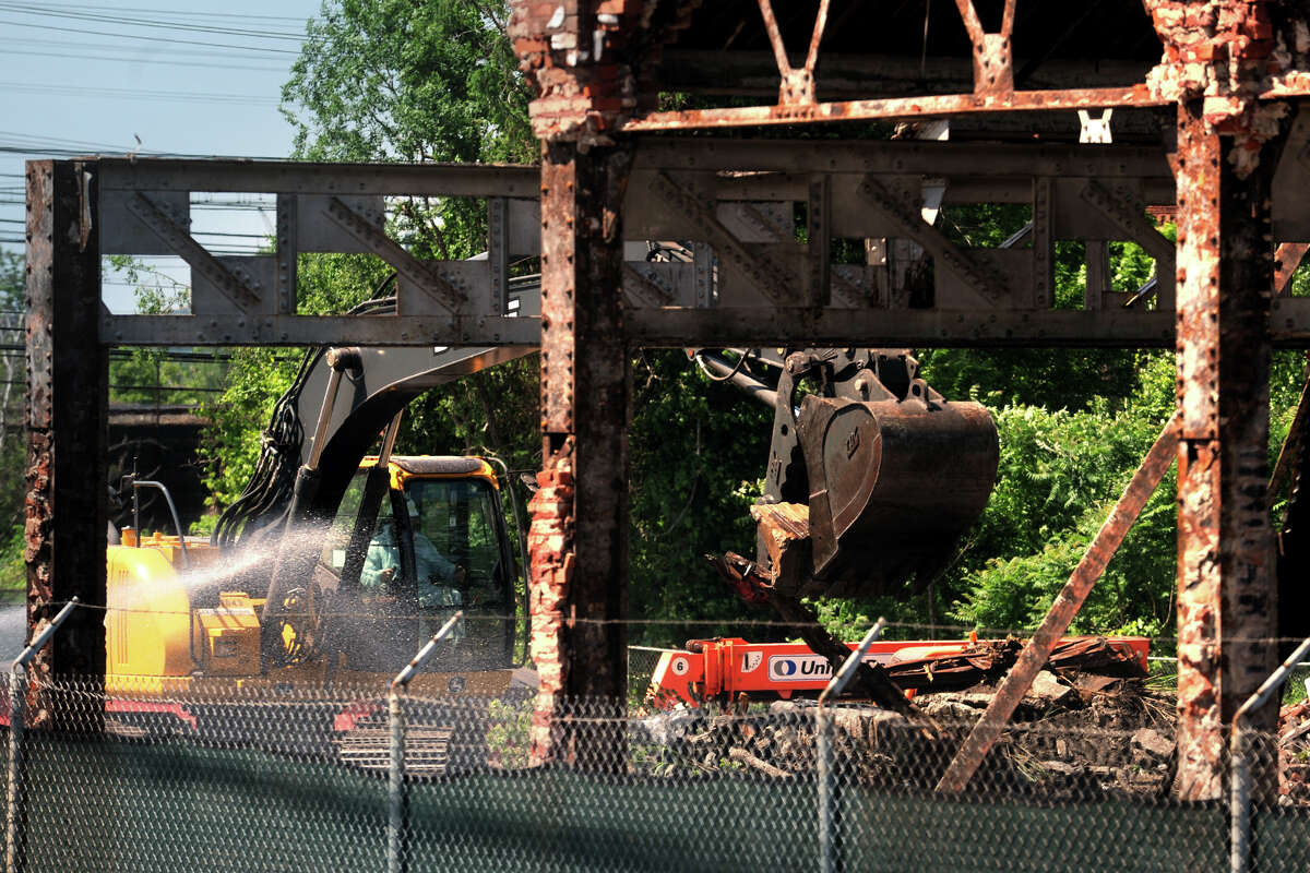 Demolition of an old industrial building at 1899 Seaview Ave., in Bridgeport, Conn. June 6th, 2013. The property is owned by General Electric.