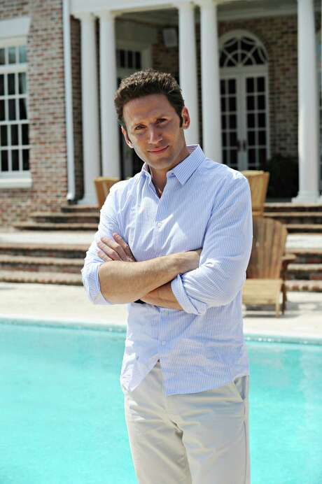 """After having surgery, Hank (Mark Feuerstein) returns to work, and Divya receives surprising news in the Season 5 premiere of """"Royal Pains"""" at 8 p.m. Wednesday on USA. Photo: Gene Page / 2013 USA Network Media LLC"""