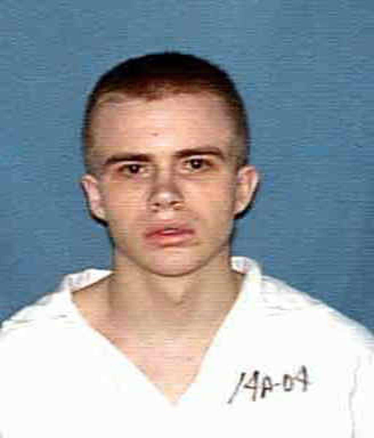Robert Pruett (cq), Houston resident, has been indicted for the murder of a prison guard in Beeville, Tx. HANDOUT PHOTO HOUCHRON CAPTION (03/22/2000): Pruett.
