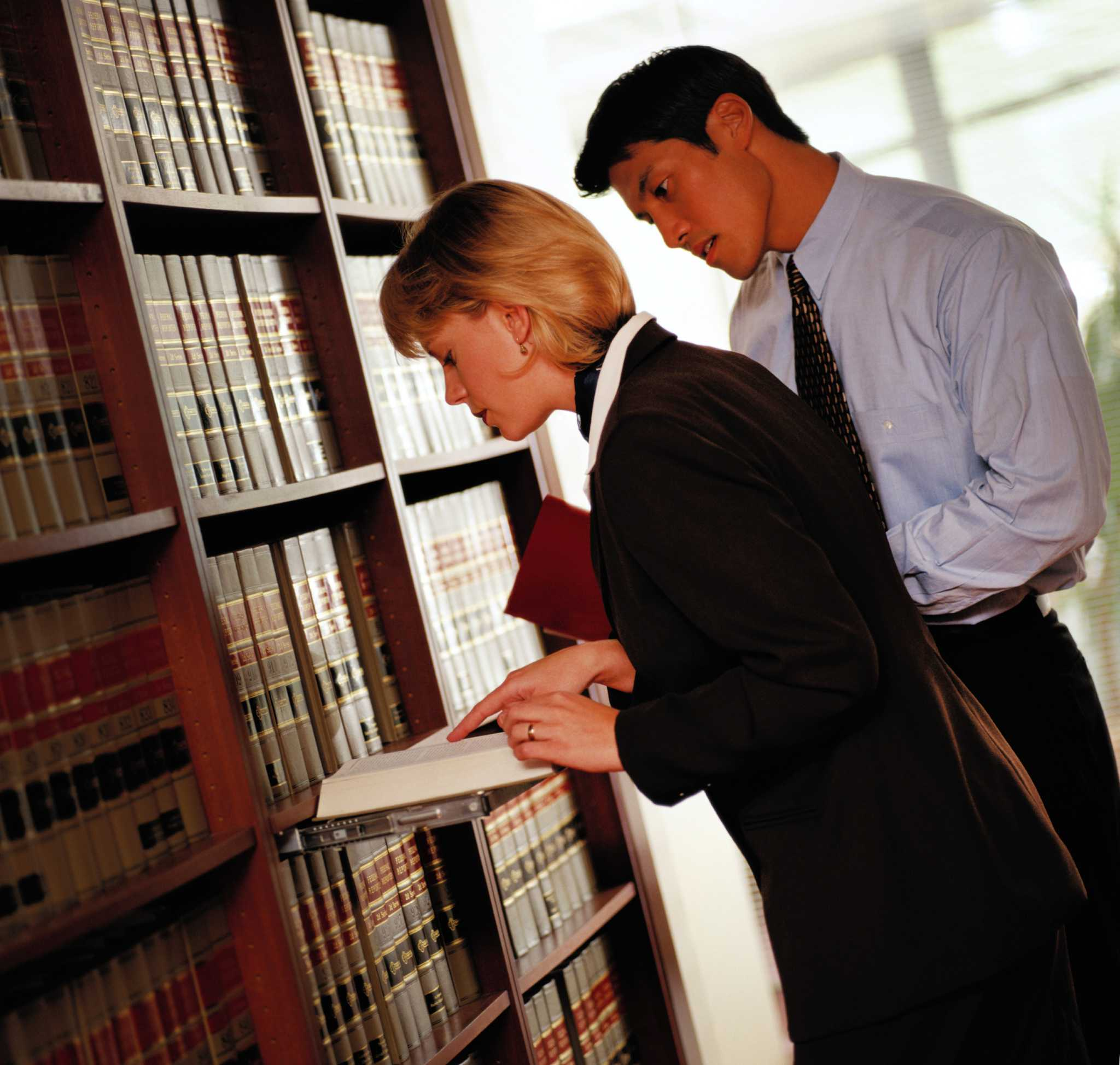 paralegals role in the legal system Let's face it – television shows that focus on legal matters are interesting and they can be fun to watch  paralegals and their role in the legal system.