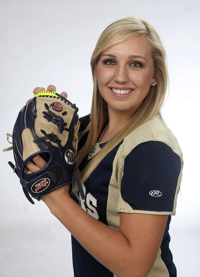Express-News Area Softball Player of the Year: Kenedy Urbany. Juanito M Garza / San Antonio Express-News