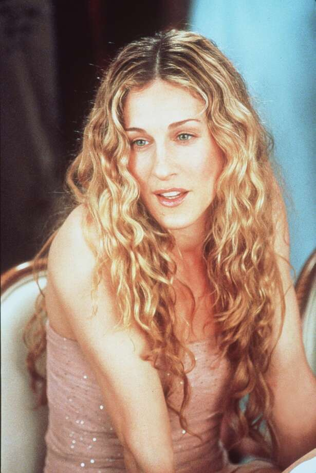 Sarah Jessica Parker starred as the show's center and voice,  the fashionable Carrie Bradshaw, New York Star dating columnist and lover of shoes. Photo: Paramount Pictures, Getty Images