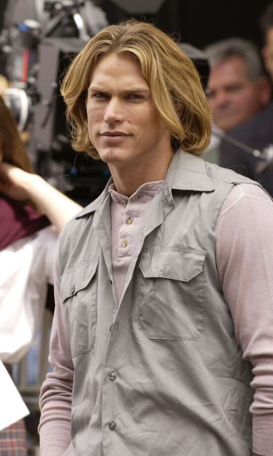Smith Jerrod (Jason Lewis) was another man who broke through Samantha's defenses. Way more than a decade  her junior, the waiter-turned-hot actor ended up her boyfriend. Photo: Mark Mainz, Getty Images