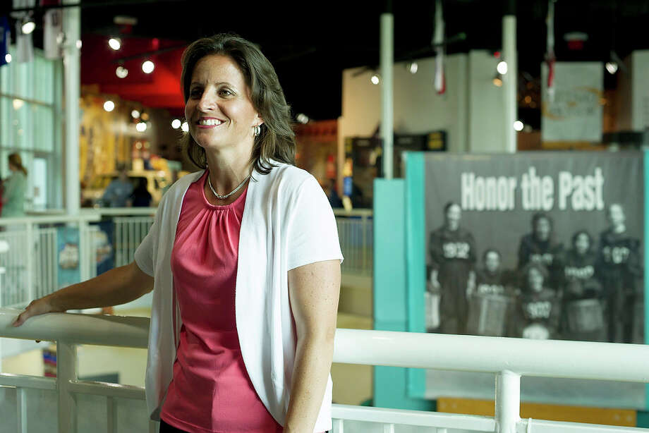 Hartford head coach Jennifer Rizzotti poses for a photo at the Women's Basketball Hall of Fame in Knoxville, Tenn. on Friday, June 7, 2013. Rizzotti, who played for Connecticut, will be inducted on Saturday. Photo: The Knoxville News Sentinel, Saul Young