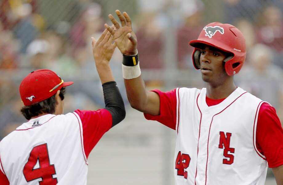 Pittsburgh Pirates - 14th round, 419th overall Nick Buckner, CF, North Shore