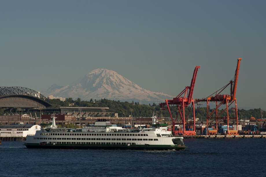 ''The mountain is out.''More Seattle code for ''It's a beautiful day.'' Photo: Jim Corwin, Getty Images