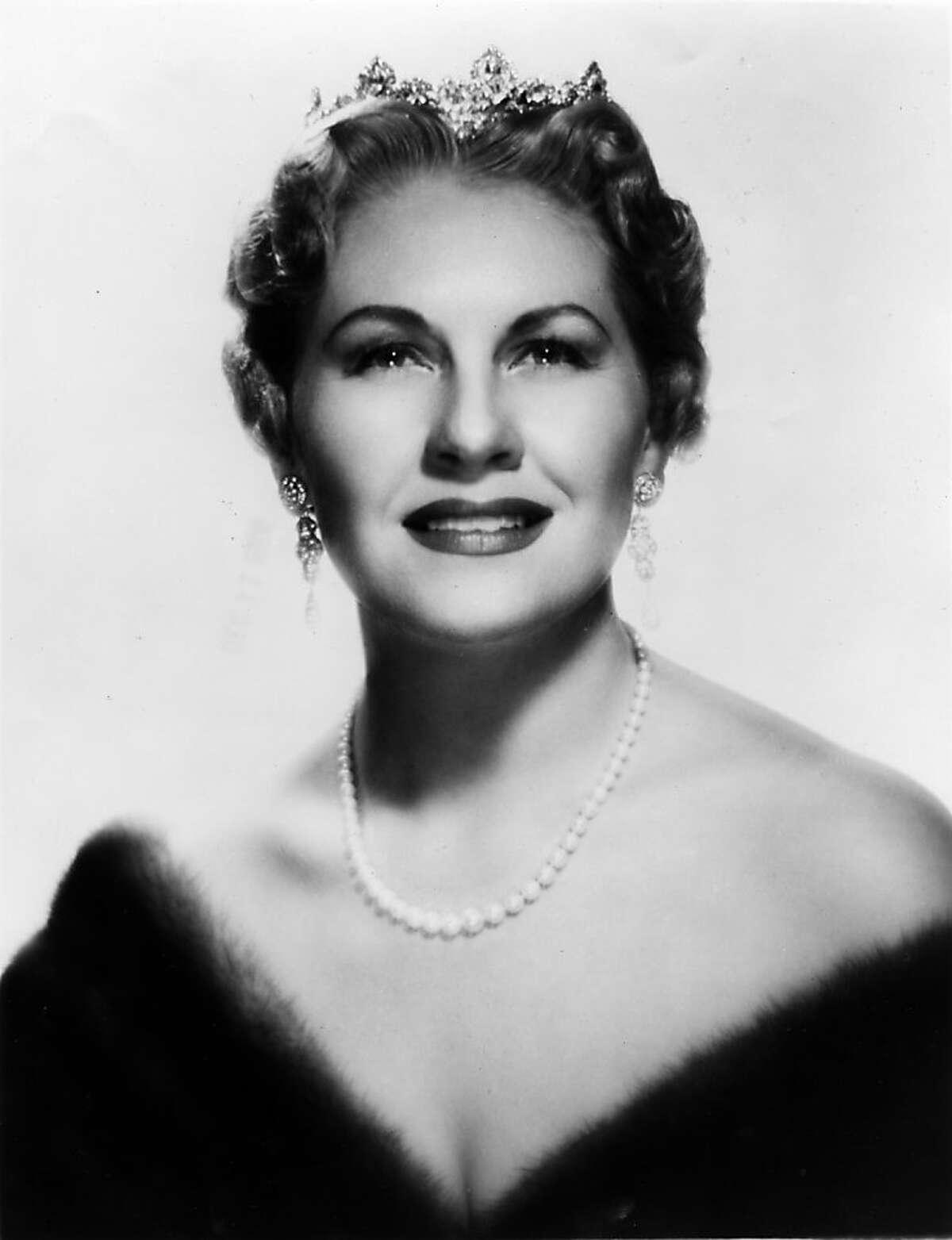 Claramae Turner Hoffmann, contralto. December 11, 1955.