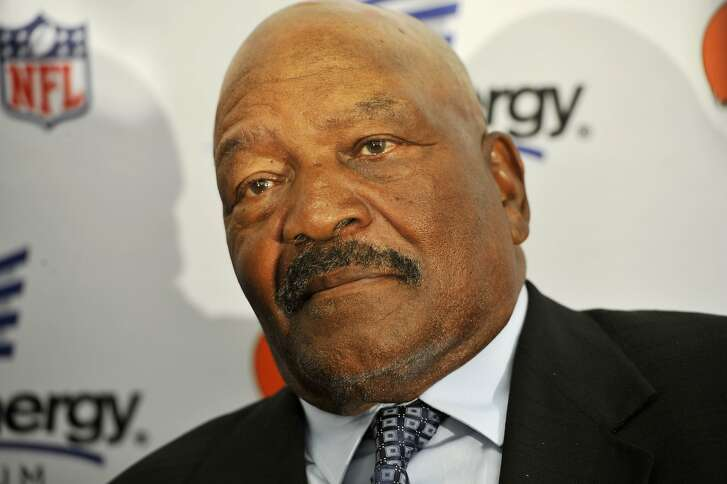 Hall of Fame running back Jim Brown during a Cleveland Browns news conference naming him a special adviser to the NFL football team Wednesday, May 29, 2013, in Cleveland. (AP Photo/David Richard)