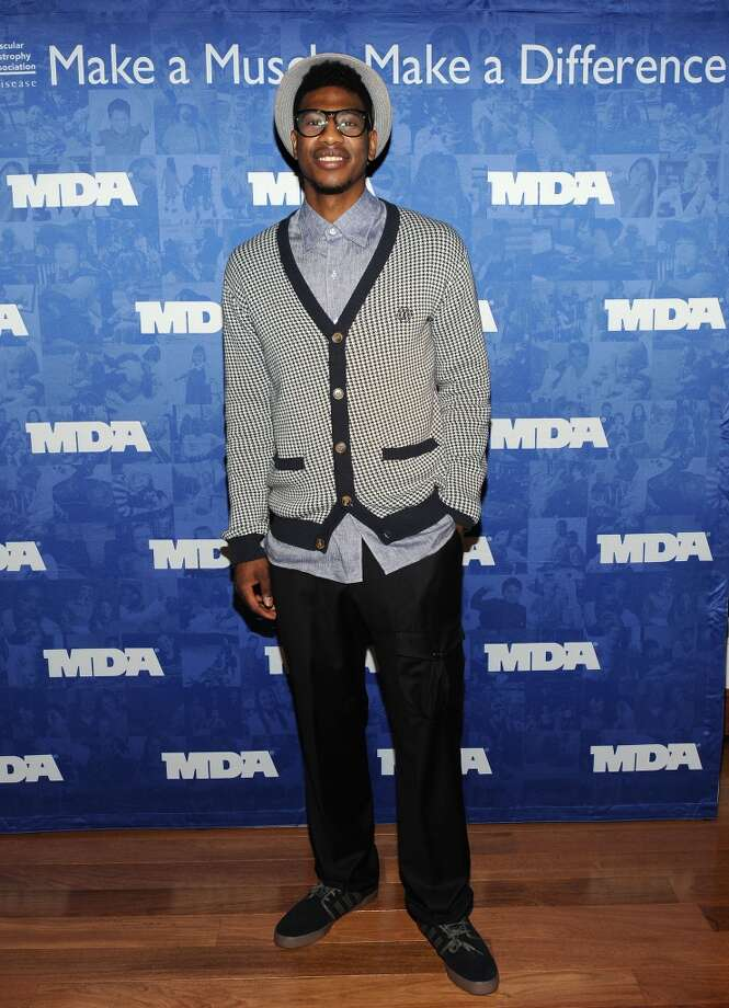 NY Knicks' Iman Shumpert attends MDA's 2013 Muscle Team Kick Off Event at The Lighthouse at Chelsea Piers on December 10, 2012 in New York City.  (Photo by Slaven Vlasic/Getty Images)