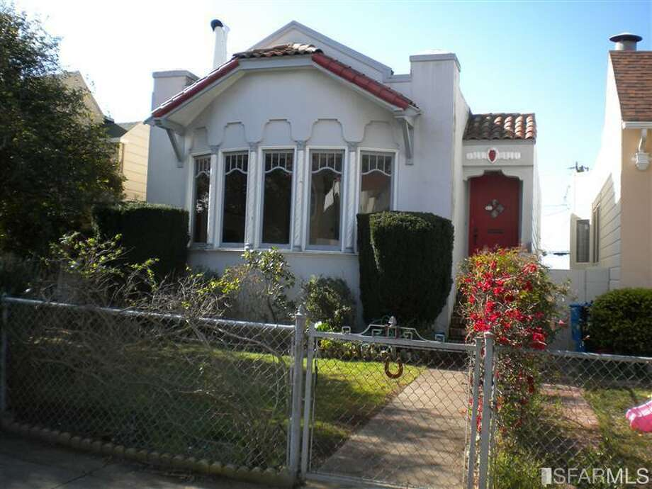 Property #1: Parkside home, 3 bed, 2 bath fixer of 1708 sq feet, offered at $750K.  Incidentally, the median list in the Parkside neighborhood, according to Trulia, is $908,538.