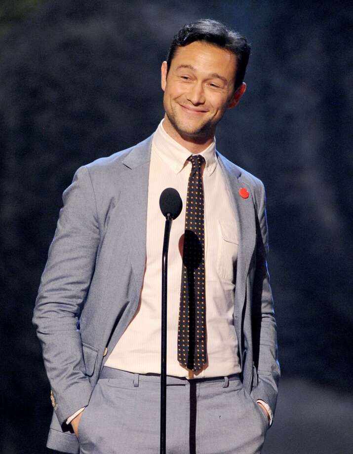 CULVER CITY, CA - JUNE 08:  Actor Joseph Gordon-Levitt speaks onstage during Spike TV's Guys Choice 2013 at Sony Pictures Studios on June 8, 2013 in Culver City, California.  (Photo by Kevin Winter/Getty Images for Spike TV)