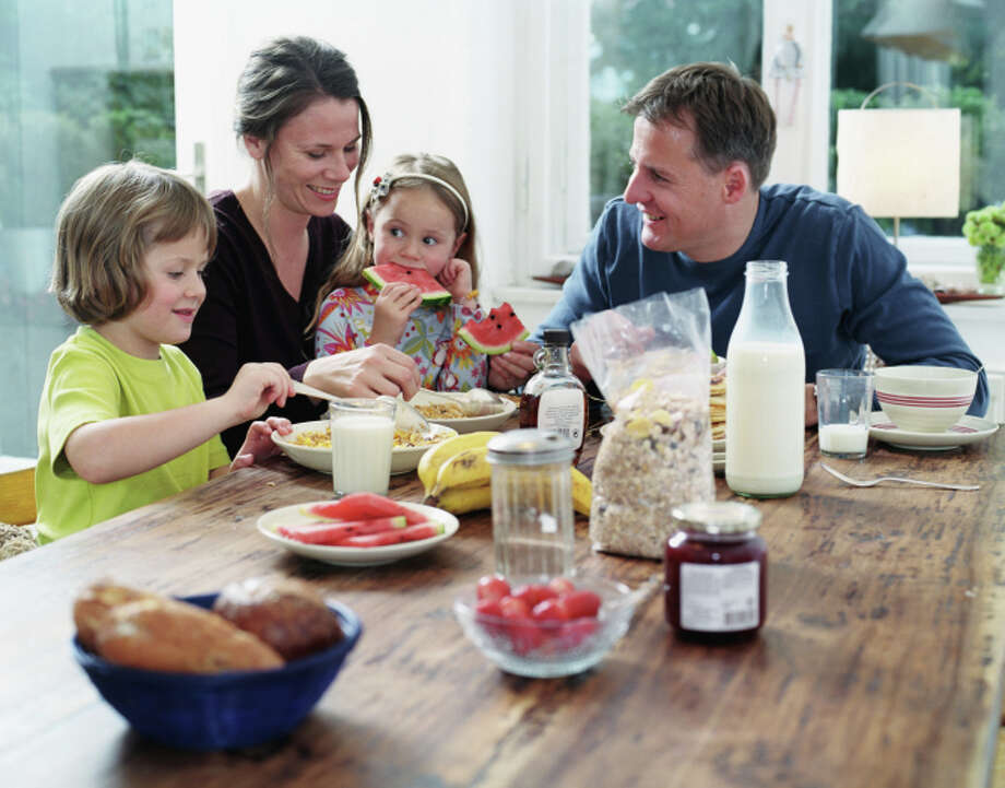"""17. Eat breakfast""""Breakfast gets your metabolism working and prevents you from eating most of your calories at night,"""" maintains Shapiro. Photo: Mel Svenson, Getty Images / (c) Mel Svenson"""