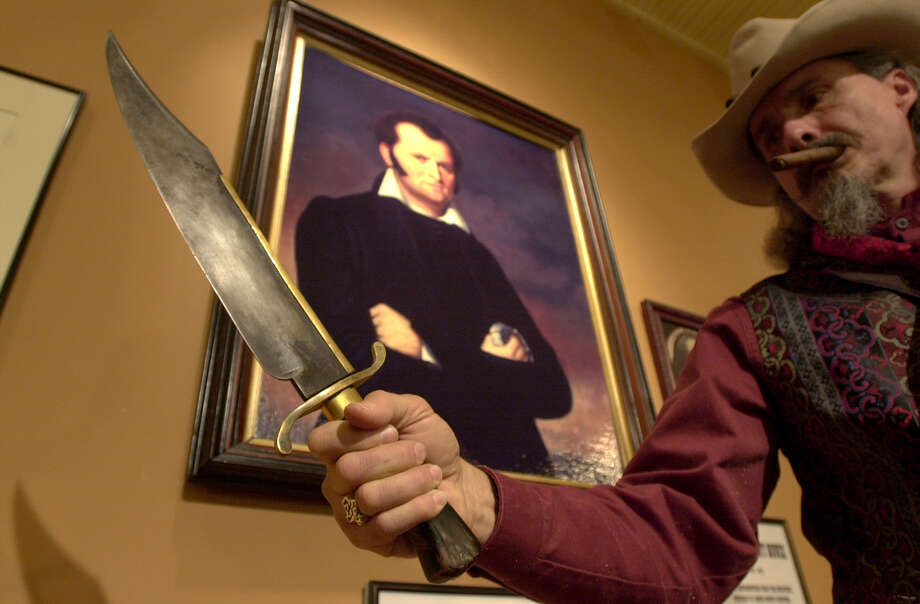 """House Bill 790 - """"Illegal knives""""Authors: Rep. J.M. Lozano, R-Kingsville and Rep. Mike Lang, R-GranburyThis bill would make it so a bowie knife, sword, spear or a knife with a blade over 5 ½ inches or a hand instrument designed to cut or stab another by being thrown, would all be included in the definition of """"illegal knife."""" Photo: KEVIN GEIL, SAN ANTONIO EXPRESS-NEWS / SAN ANTONIO EXPRESS-NEWS"""