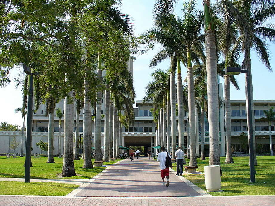 6. University of MiamiLocated in Coral Gables, FloridaEnrollment: 15,613 Photo: Wikimedia Commons