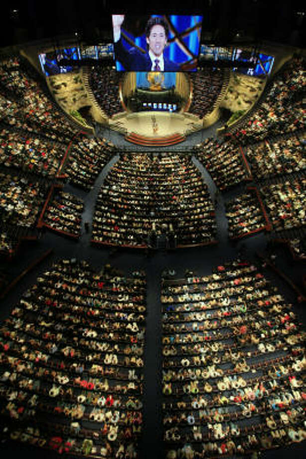 It didn't take long for the church to pack the former Compaq Center. Lakewood Church has become the largest church in the country. Even more see the services on television. Photo: Eric Kayne, Chronicle