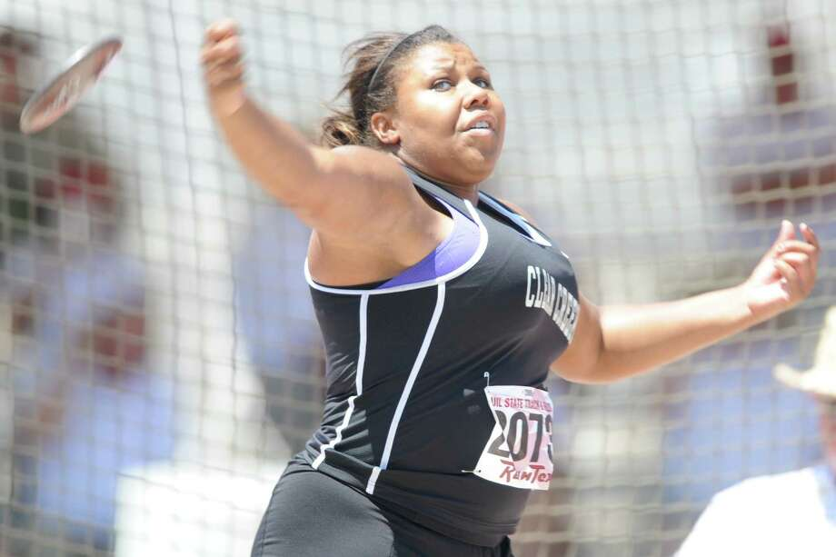 Austin, TX - 06/06/09 -  Clear Creek's Taylor Smith releases a discus during the Track & Field State Championship at Mike A. Myers Stadium on the campus of the University of Texas Austin. Photo: Ronnie Montgomery, Freelance / Ronnie Montgomery