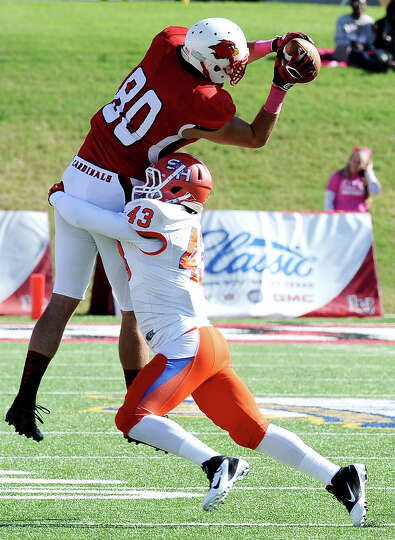 Lamar tight end Cory Soto makes a great catch for another Cardinal first down during the football ga