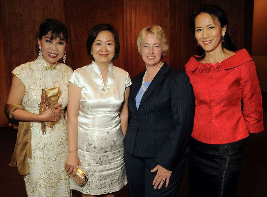 """From left: Alice Chen, Theresa Chang, Mayor Annise Parker and Y. Ping Sun at the Asian Chamber of Commerce's """"The Spirit of Entrepreneurship' dinner at the Kim Son Ballroom Thursday June 06, 2013.(Dave Rossman photo) Photo: Dave Rossman, Freelance / © 2013 Dave Rossman"""