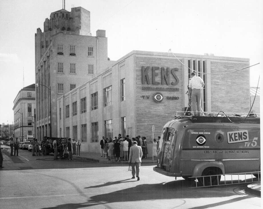 The KENS-TV studios were next to the Express-News building. Photo: San Antonio Express-News