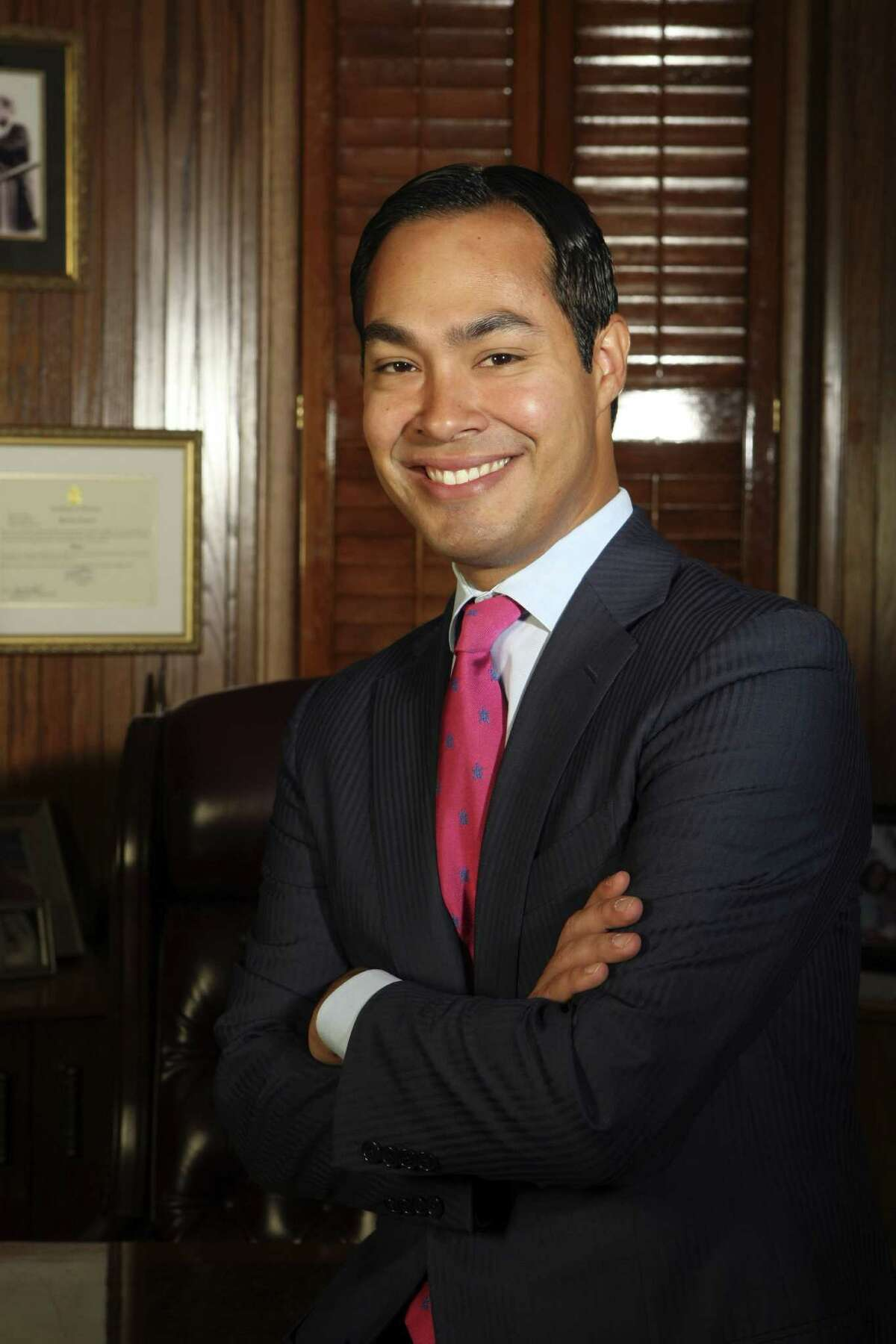 San Antonio Mayor Julian Castro is confident that the San Antonio Spurs will be able to avenge their loss in the finals last year and claim their fifth NBA title in franchise history
