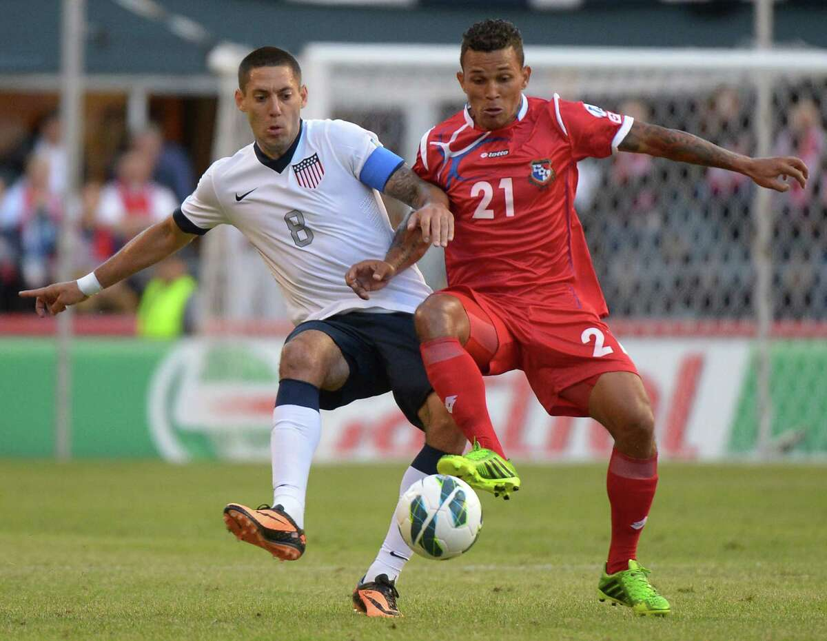 Clint Dempsey, left, vies for possession with Panama's Amilcar Henriquez during the United States' 2-0 victory in a World Cup qualifier Tuesday night at Seattle.
