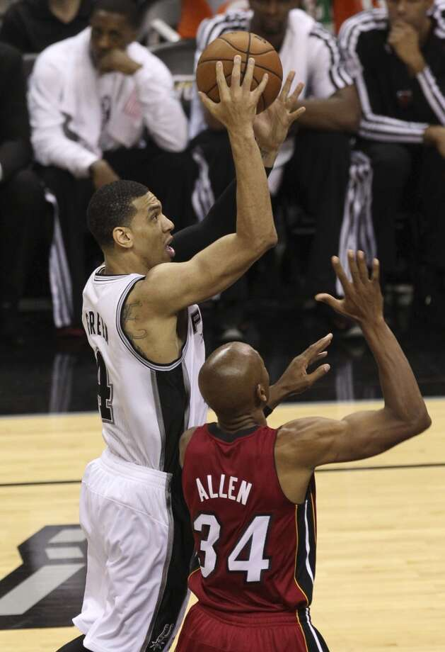 Danny Green (04) shoots over Ray Allen (34) during the second half of Game 3 of the NBA Finals at the AT&T Center on Tuesday, June 11, 2013.