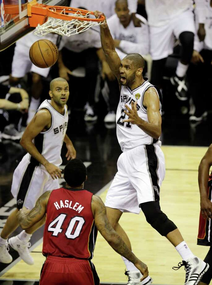 Spurs star Tim Duncan slams a thunderous dunk in Game 3 of the NBA 