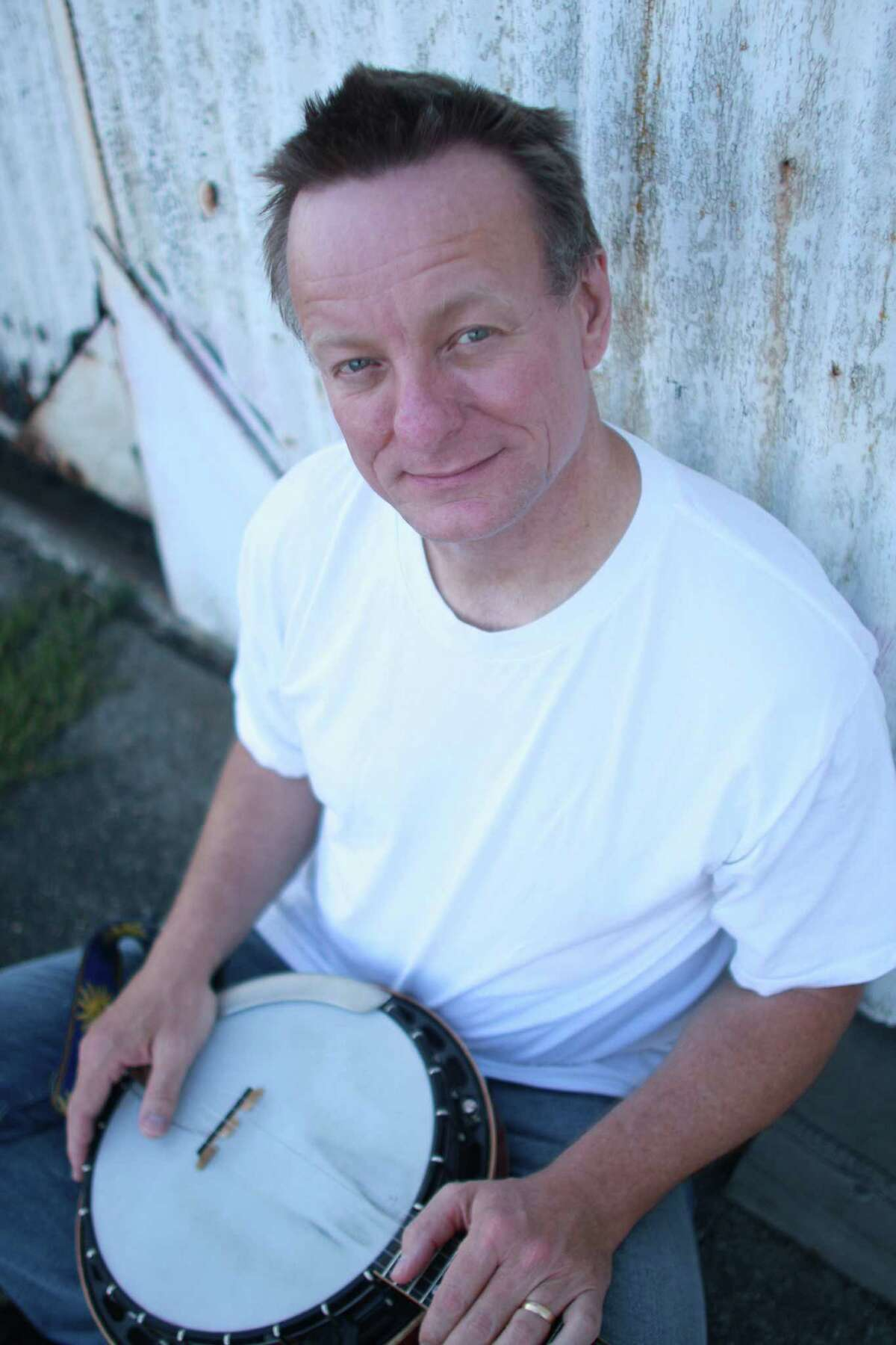 image of musician Danny Barnes