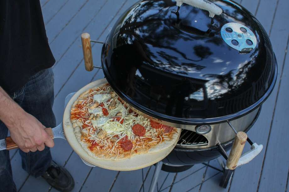 KettlePizzaReady to step up your pizza game? Kettle Pizza lets you convert your Kettle grill (i.e. Weber) into a wood-fired pizza oven.Get one here