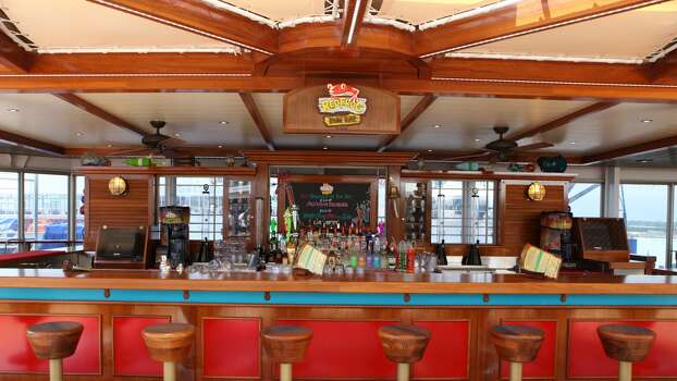 RedFrog Rum Bar, a poolside Caribbean-themed watering hole, was added to the Carnival Triumph. (Carnival Cruise Lines)