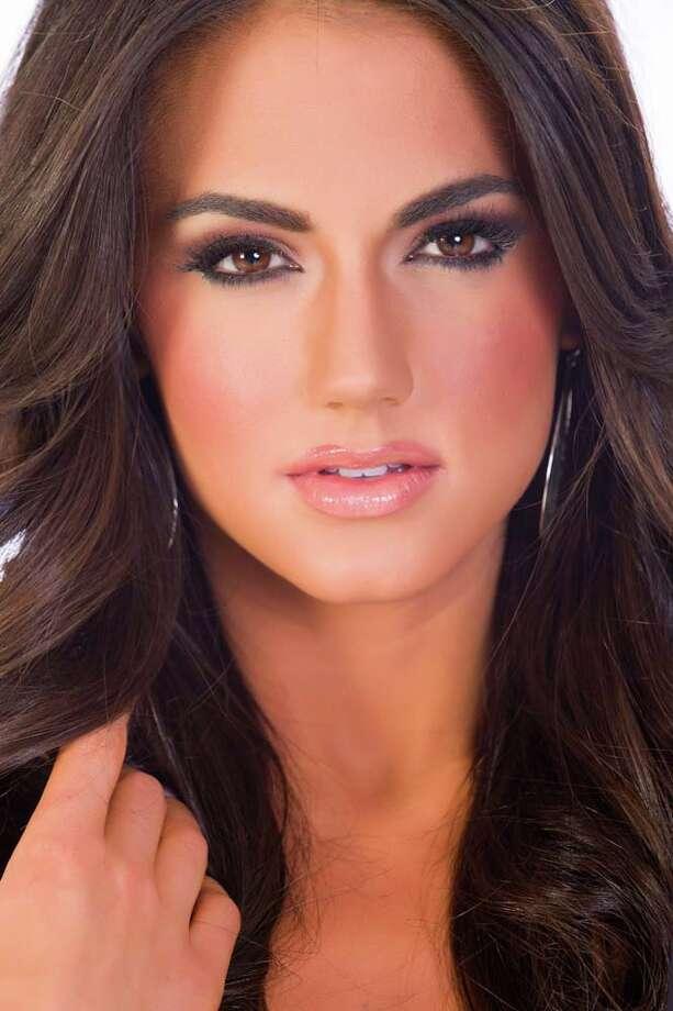 Miss Maryland Kasey StaniszewskiFun fact: Her favorite Twitter celebrity is Lauren Conrad. Photo: Darren Decker, Miss Universe Organization / HO/Miss Universe Organization L.P., LLLP.