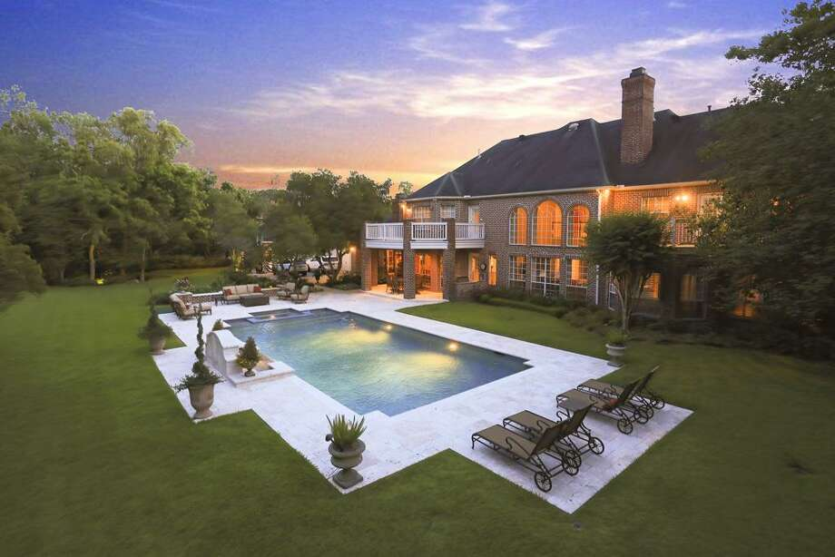 Welcome home....enjoy estate living at its best! Photo: HAR