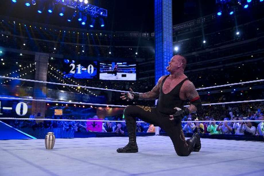"The streakCalaway's character ""The Undertaker"" was well-known for having never lost a match at the WWE's flagship event, Wrestlemania. The streak reached 20 - including a win over Triple H at Wrestlemania 17 at the Astrodome in 2001 - before he eventually lost to Brock Lesnar at Wrestlemania XXX in 2014."