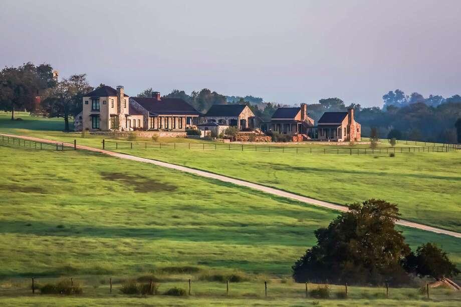 Exterior of the Whitley Ranch near Brenham. Photo: Steve Chenn