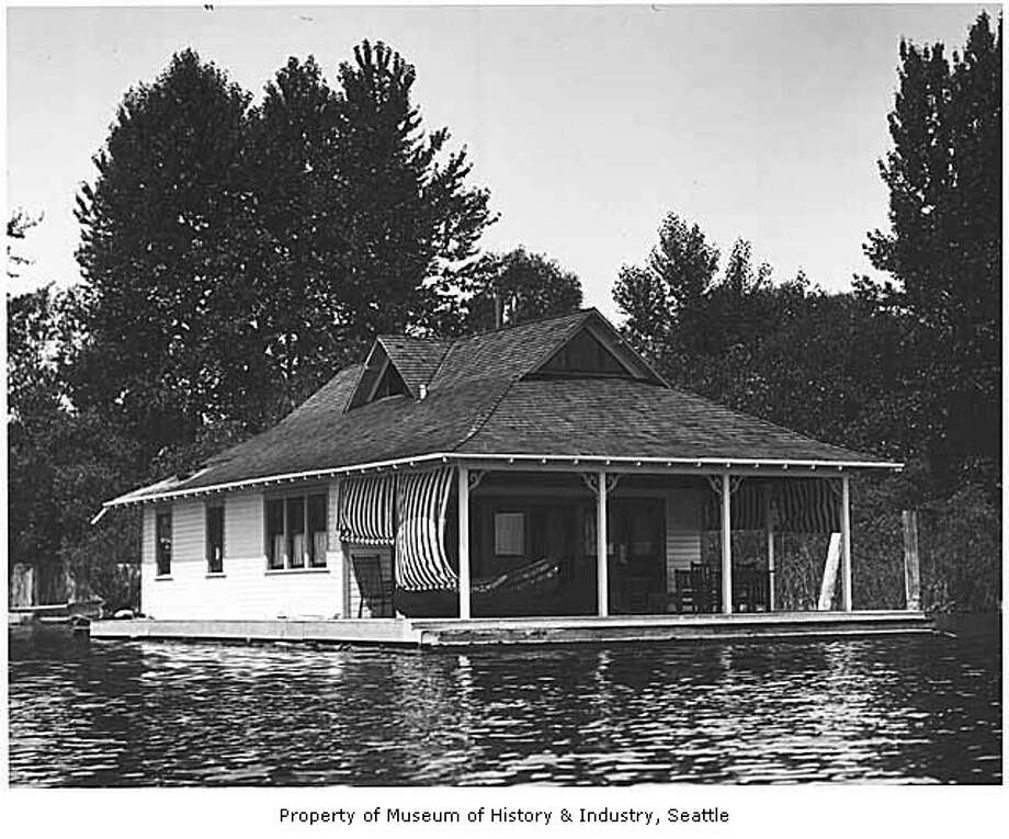 A fancier houseboat on Lake Washington, pictured in 1905. (Photo: Webster & Stevens/copyright MOHAI, 1983.10.7356.3). Photo: -