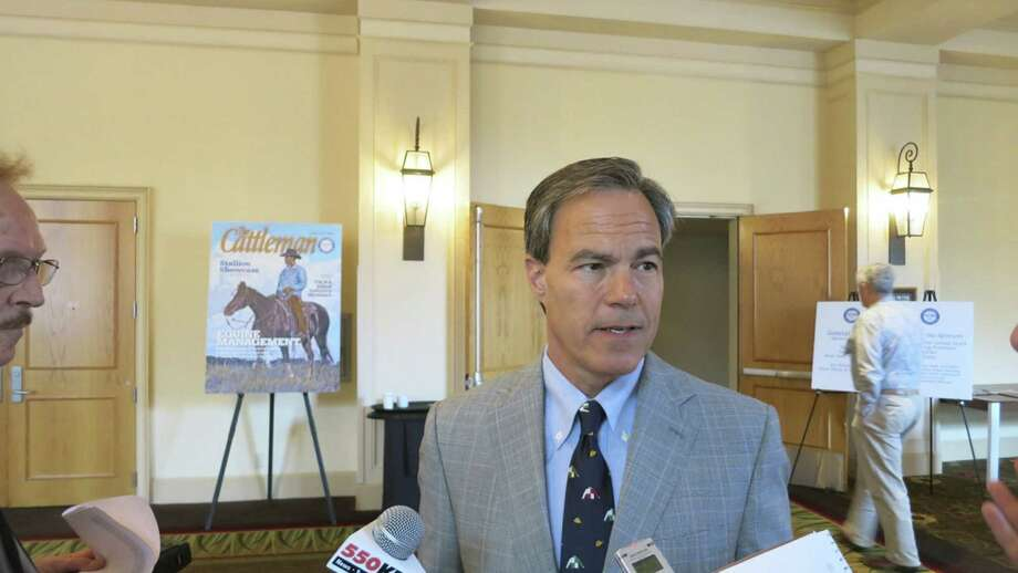 Texas House Speaker Joe Straus said lawmakers helped the ranching industry by approving water development funds. Photo: John W. Gonzalez / Express-News