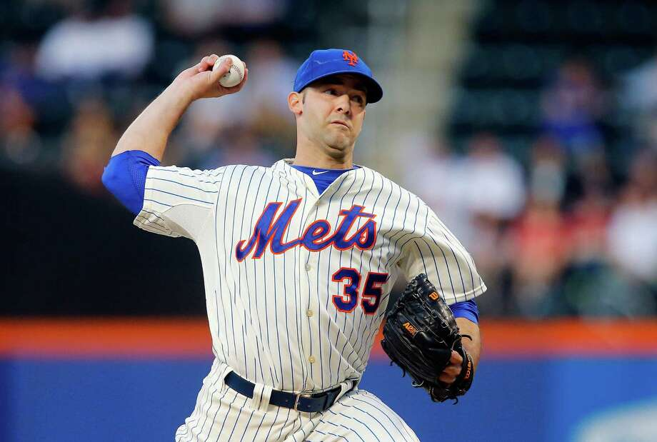 NEW YORK, NY - JUNE 12:  Dillon Gee #35 of the New York Mets delivers a pitch against the St. Louis Cardinals at Citi Field on June 12, 2013 in the Flushing neighborhood of the Queens borough of New York City.  (Photo by Jim McIsaac/Getty Images) Photo: Jim McIsaac