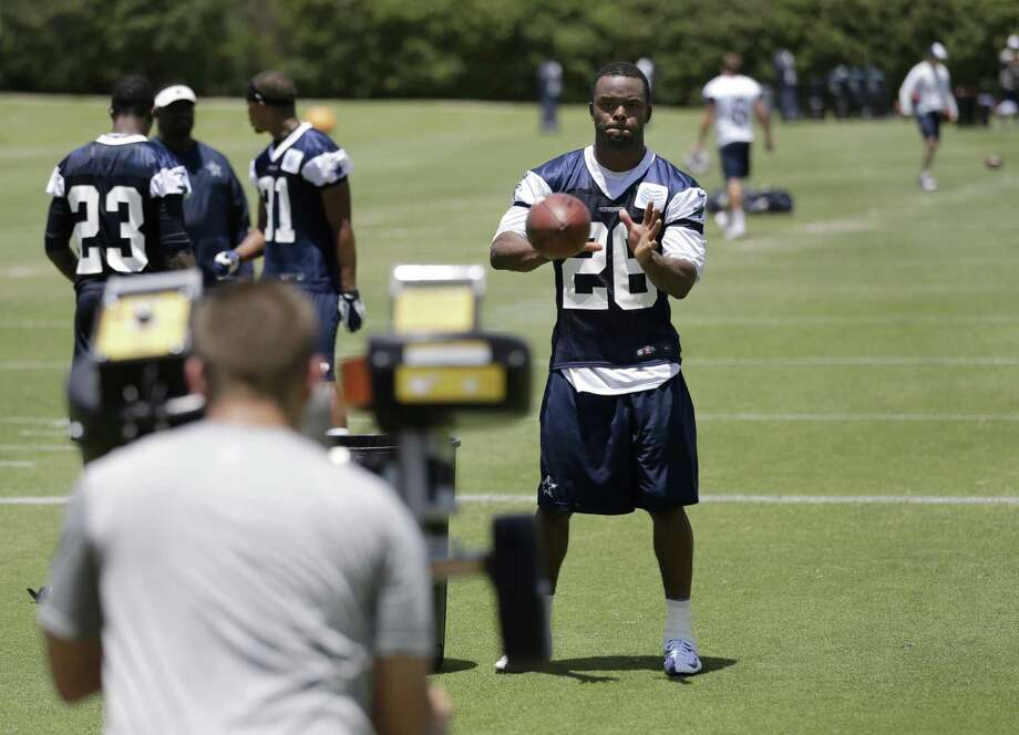 The Cowboys are hoping hard-hitting safety Will Allen (26) can add some teeth to the back end of Dallas' 4-3 defense.