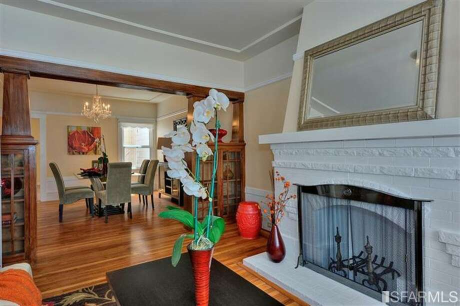 Looking back into house. Photos via MLS/Redfin/Charles Lu, Diamond Location Realty
