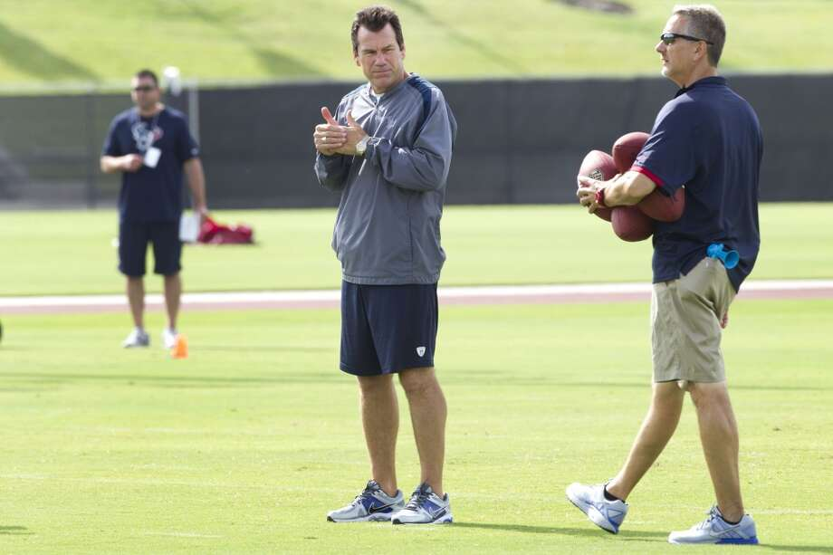Texans coach Gary Kubiak watches his team during the third day of minicamp. Photo: Brett Coomer, Houston Chronicle