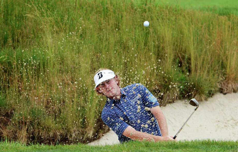 ARDMORE, PA - JUNE 13:  Brandt Snedeker of the United States hits his second shot on the 17th hole during Round One of the 113th U.S. Open at Merion Golf Club on June 13, 2013 in Ardmore, Pennsylvania. Photo: David Cannon, Getty Images / 2013 Getty Images